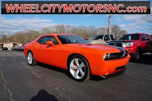 2009 Dodge Challenger SRT8 for sale by dealer