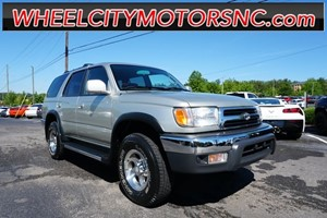 2000 Toyota 4Runner SR5 for sale by dealer