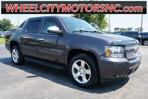 Picture of a 2010 Chevrolet Avalanche 1500 LT