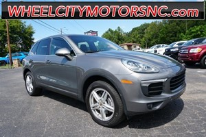 Picture of a 2016 Porsche Cayenne AWD