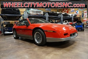 Picture of a 1986 Pontiac Fiero GT