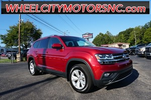 Picture of a 2018 Volkswagen Atlas SE
