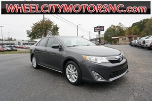 2013 Toyota Camry Hybrid XLE for sale by dealer
