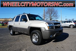 2004 Chevrolet Avalanche 2500 Base for sale by dealer