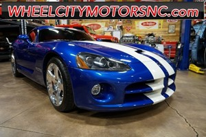 Picture of a 2006 Dodge Viper SRT10