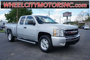 Picture of a 2011 Chevrolet Silverado 1500 LT