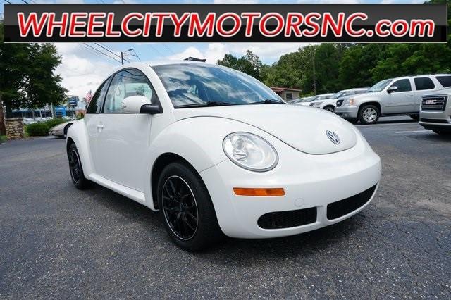 Volkswagen Beetle 2.5L in Asheville