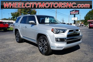 Picture of a 2017 Toyota 4Runner Limited