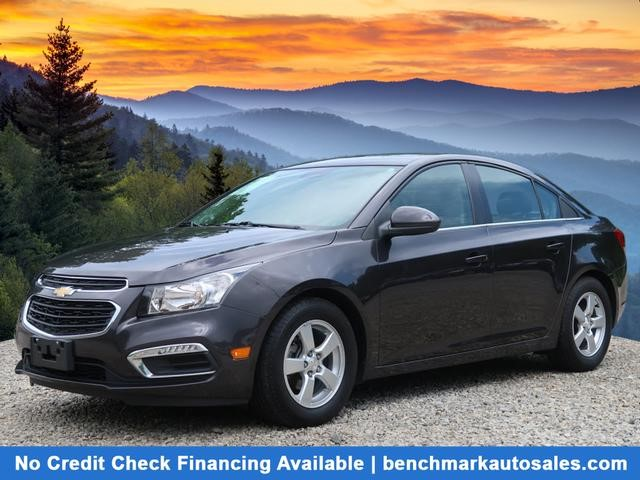A used 2015 Chevrolet Cruze 1LT Auto Asheville NC