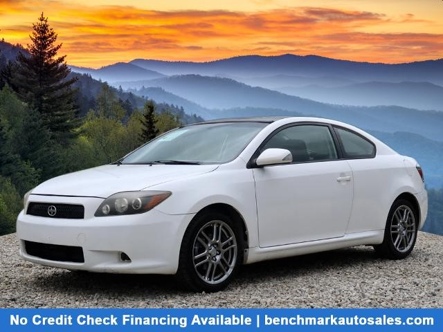 A used 2009 Scion tC Base 2dr Hatchback 4A Asheville NC