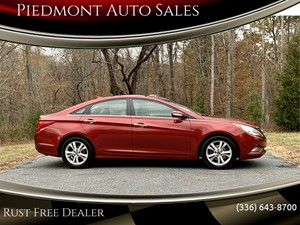 Picture of a 2013 Hyundai Sonata Limited Auto
