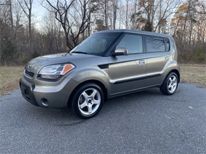 Picture of a 2010 Kia Soul +
