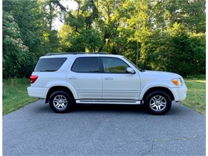 Picture of a 2007 Toyota Sequoia Limited 4WD