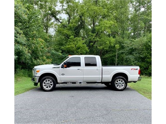 Ford F-250 SD King Ranch Crew Cab 4WD in Stokesdale