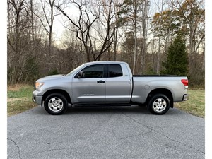 Picture of a 2008 Toyota Tundra SR5 Double Cab 5.7L 4WD