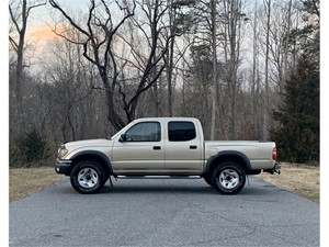 Picture of a 2002 Toyota Tacoma Double Cab V6 4WD