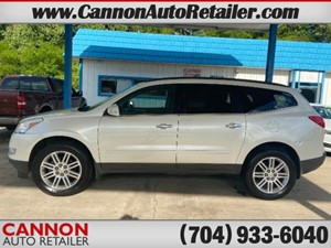 2011 Chevrolet Traverse LT FWD for sale by dealer