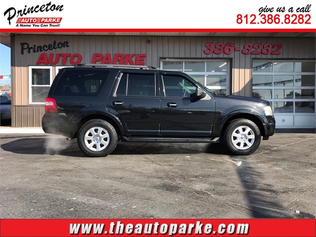 FORD EXPEDITION XLT in Princeton