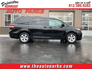 2011 TOYOTA SIENNA LE for sale by dealer