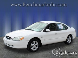 Picture of a 2003 Ford Taurus SES Deluxe