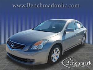 Picture of a 2009 Nissan Altima 2.5
