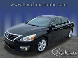 Picture of a 2013 Nissan Altima 2.5 SV
