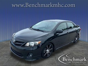 Picture of a 2013 Toyota Corolla S