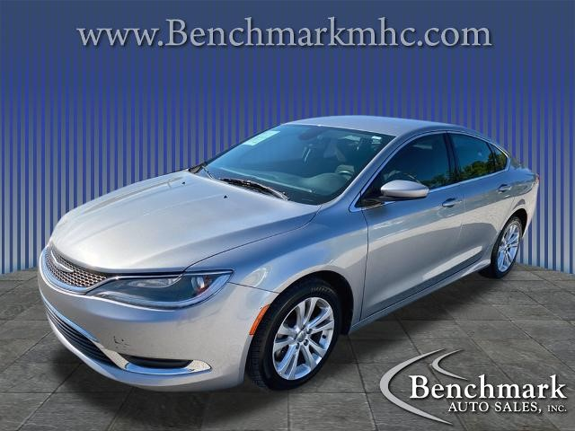 Picture of a used 2016 Chrysler 200