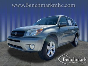 Picture of a 2004 Toyota RAV4