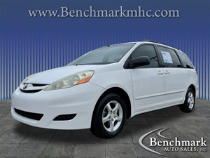 Picture of a 2007 Toyota Sienna LE