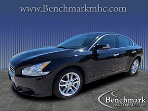 Picture of a 2010 Nissan Maxima S Sedan 4D