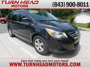 Picture of a 2011 VOLKSWAGEN ROUTAN SE
