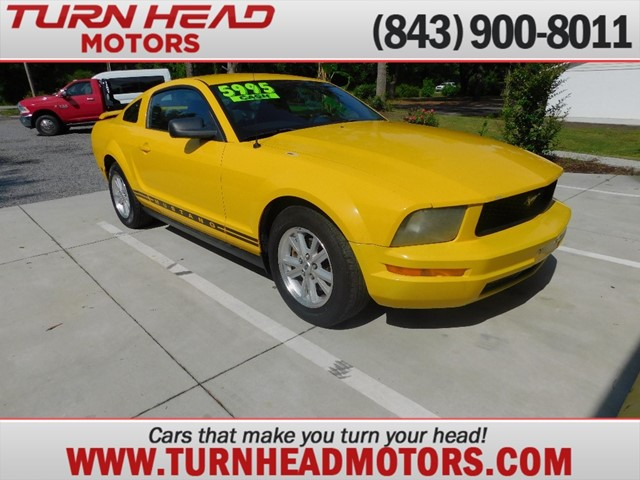 FORD MUSTANG in Summerville
