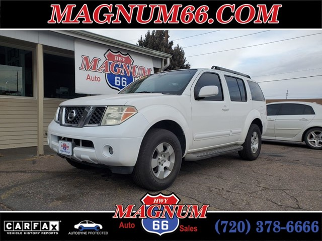 NISSAN PATHFINDER LE in Greeley