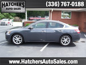 2009 Nissan Maxima SV for sale by dealer