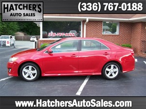 2014 Toyota Camry SE for sale by dealer
