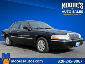Picture of a 2005 Mercury Grand Marquis LSE