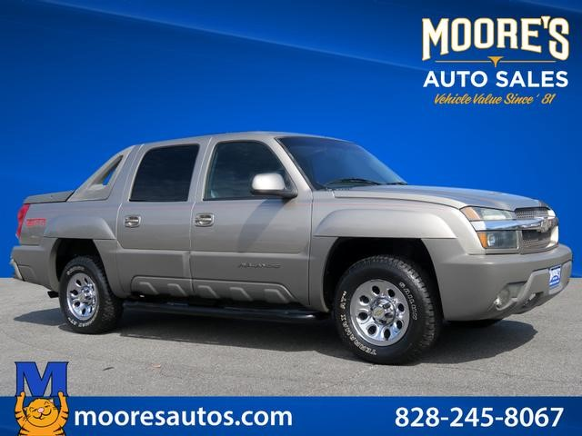 Chevrolet Avalanche 1500 in Forest City