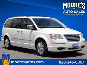 Picture of a 2009 Chrysler Town & Country Limited