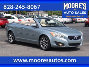 Picture of a 2011 Volvo C70 T5