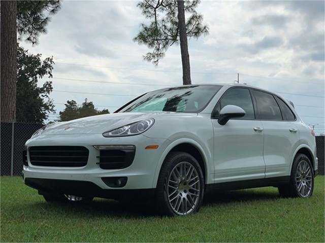 Porsche Cayenne Platinum in New Orleans