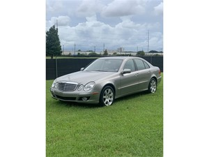 Picture of a 2007 Mercedes-Benz E-Class E350
