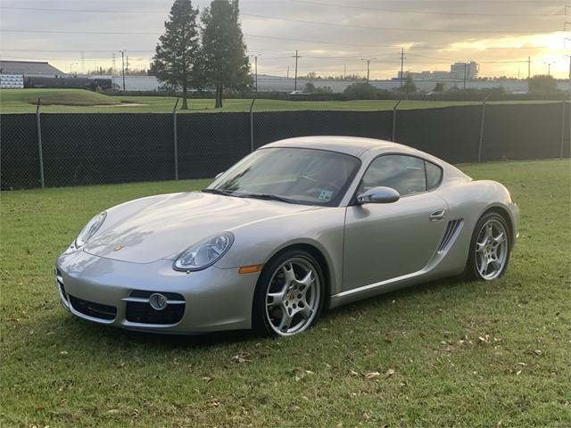 Porsche Cayman in New Orleans