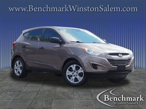 Picture of a 2010 Hyundai Tucson GLS