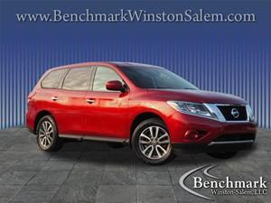 2014 Nissan Pathfinder S Sport Utility 4D for sale by dealer