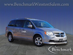 Picture of a 2013 Dodge Grand Caravan SXT