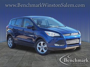 Picture of a 2014 Ford Escape SE
