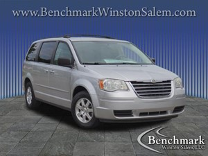Picture of a 2010 Chrysler Town & Country LX