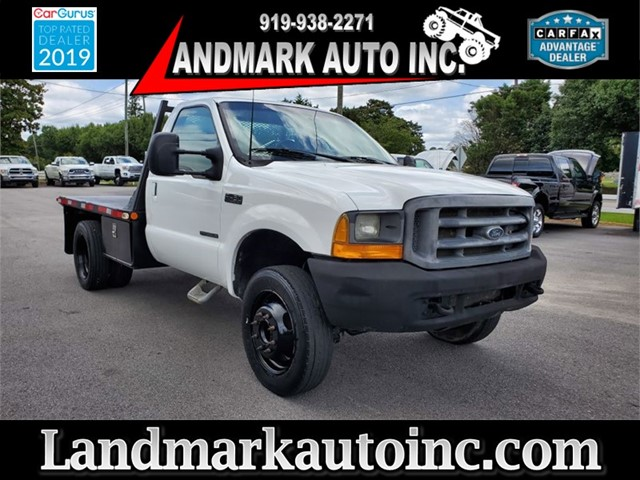 FORD F450 SUPER DUTY XL REGULAR CAB FLAT BED DRW in Smithfield