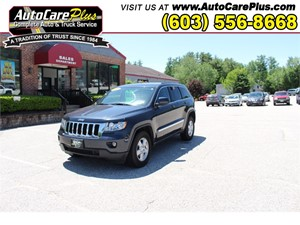 Picture of a 2013 JEEP GRAND CHEROKEE LAREDO